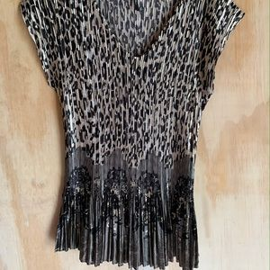 Milano stretchy  cheetah shirt super comfortable